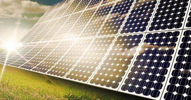 Aufgestellte Photovoltaik Anlage.
