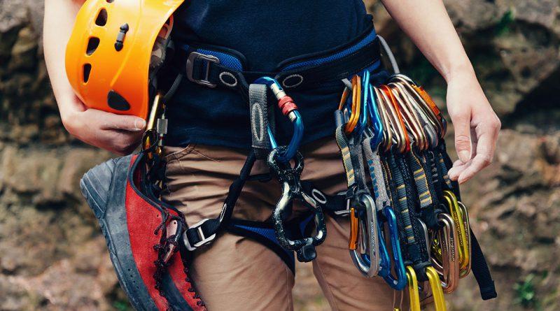 Outdooraktivitäten - Klettern, Radfahren, Sportaktivitäten.