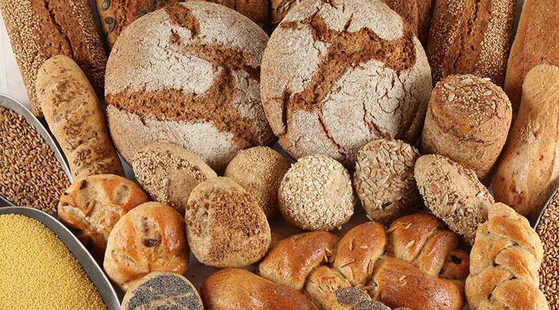 Frisches Brot & Backwaren.