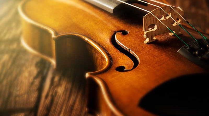 Musikinstrumente, Vorführungen, Musikstücke und Proben.