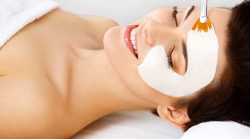 Masken, Peeling und Naturkosmetik.