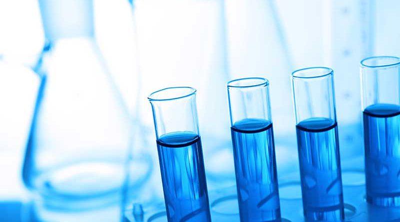 Labor mit Biotechnologie in Reagenzgläsern.