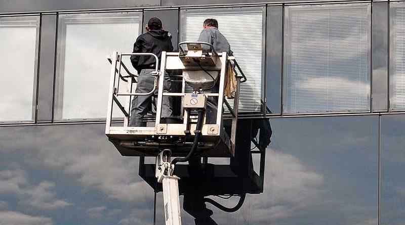 Reinigungssysteme und Gebäudemanagement.