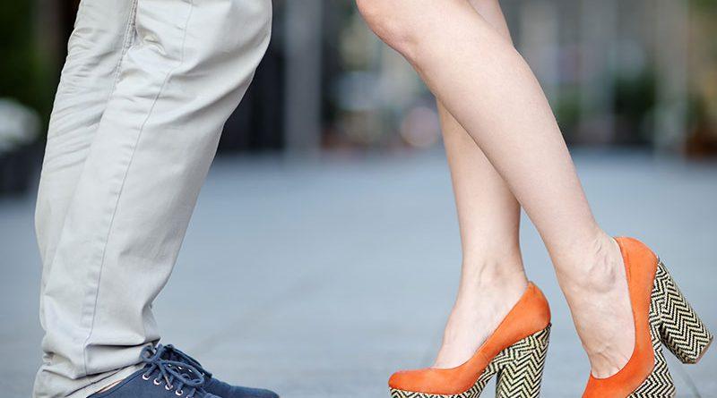 Schuhe - Schnürer und Plateau.