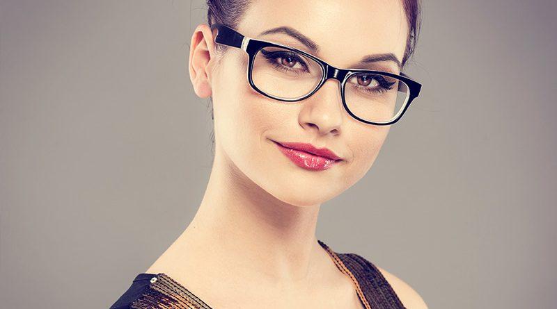Optiker - Brillen, Sehkorrekturen und Kontaktlinsen.