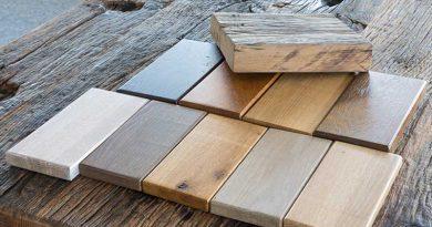 Zulieferteile, Dekors oder Produktionsmaterialien für Möbelbau und Innenausbau.
