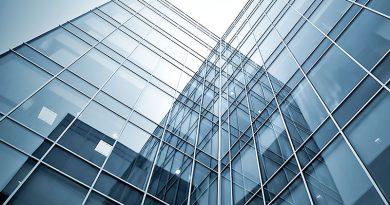 Glasherstellung und -bearbeitung, Display-Glas, Laser, Fassaden und technische Geräte.