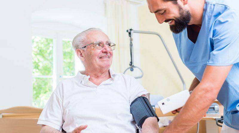 Seniorenwohnheime, Altenpflege und Pflegepersonal.