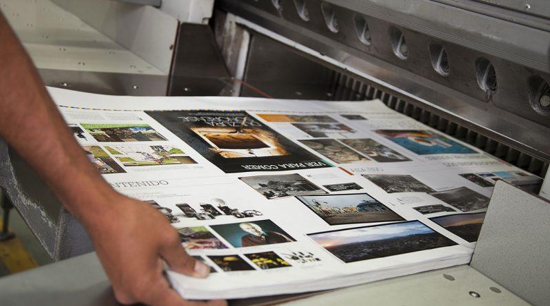 Sorgfältige Druckerzeugnisse mit entsprechender Drucktechnologie.