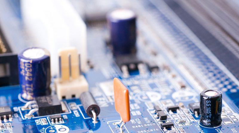 Innovationen im Bereich Module, Betriebssysteme, Software und Komplettlösungen.