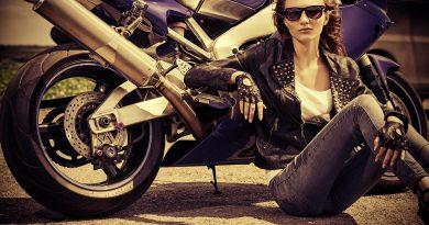 Motorrad Ausstellung - die neuesten Modelle darunter auch Quads und Shows.