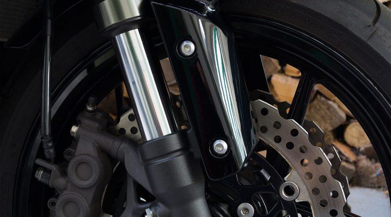 Motorrad, Motorräder und motorisierte Zweiräder.