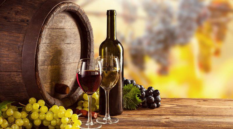 Wein und Spirituosen.