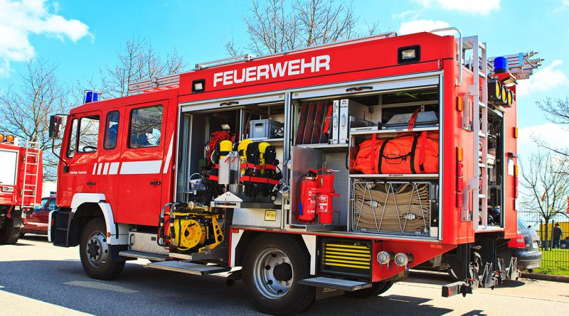Feuerwehr, Kranken- und Rettungsfahrzeuge für Notfallmedizin und Rettungsfälle.