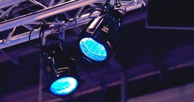 Licht- und Medientechnik im Bühnenbereich.