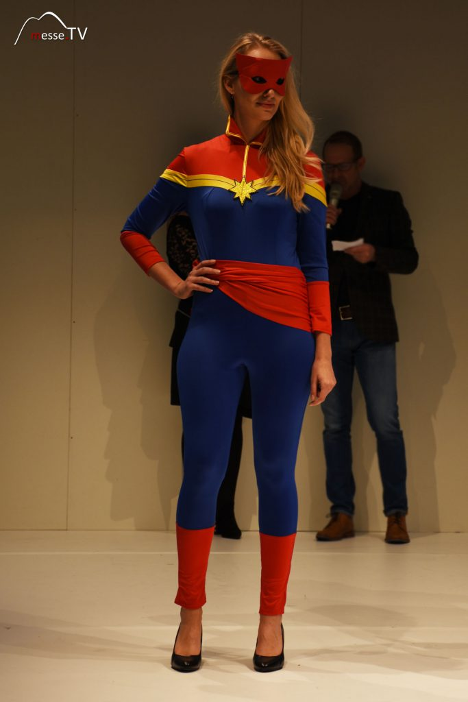 Superheld Kostüm