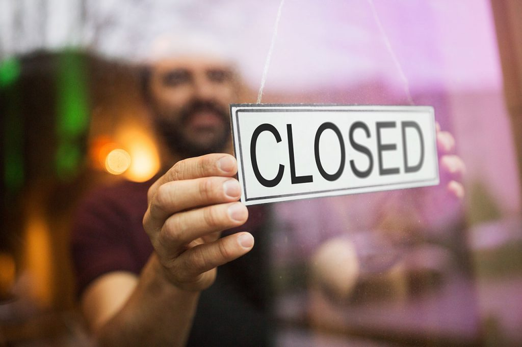 Laden geschlossen - Wirtschaftskrise wegen Corona-Virus